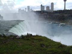Looking across Niagara Falls to Canadian city of Niagara. (denisbin) Tags: niagarafalls waterfall