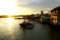 Sunset at Manggar, Balikpapan (noirvane) Tags: sunset river indonesia boat fisherman balikpapan manggar