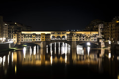 Ponte Vecchio (DodogoeSLR) Tags: bridge italy reflection water night river shopping gold florence nikon long exposure ponte shops firenze arno nikkor vecchio 2470f28 vision:sunset=0554 vision:sky=0925 vision:clouds=0618 vision:dark=0958 vision:outdoor=0788