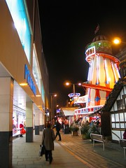 Christmas in Nottingham 2013 (ayeupmeduck) Tags: santa christmas nottingham winter lights long father row claus wonderland primark helter skelter 2013