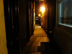 Kitty Witches Row At Night (LookaroundAnne) Tags: norfolk corridor row yarmouth greatyarmouth atnight afterdark passageway pathscaminhos