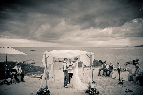 Samui Wedding Photographer - Beach Republic Koh Samui Wedding