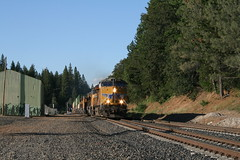 Union Pacific Z-train in Colfax, CA (CaliforniaRailfan101 Photography) Tags: up amtrak unionpacific priority ge freight bnsf reefer manifest emd californiazephyr burlingtonnorthernsantafe dash9 dpu es44dc gevo sd70m amtk c449w stacktrain sd70ace es44ac colfaxca c45accte p42dc trackagerights es44c4 tietrain sd59mx unitreefer zdlsk trainsincolfaxca