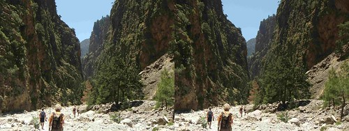 Samaria Gorge, Crete.  Stereo cross-view