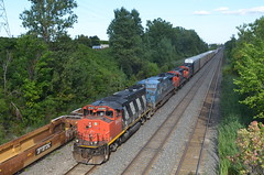 Thank you CN dispatcher for this lashup (Michael Berry Railfan) Tags: cn quebec montreal lachine canadiannational gmd gp9 cn401 ic2462 cn4107 cn9486 montrealsub cn7031
