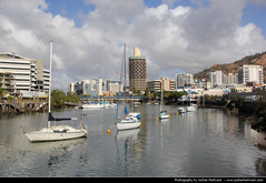 Ross Creek, Townsville, Australia (JH_1982) Tags: city urban skyline creek river boats boat ross cityscape australia qld queensland australien townsville australie 澳大利亚 オーストラリア австралия 오스트레일리아