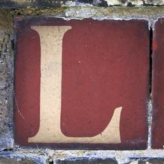 letter L (Leo Reynolds) Tags: canon eos iso400 7d letter l f80 oneletter lll 65mm 0008sec hpexif grouponeletter xsquarex xleol30x xxx2013xxx