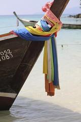 pescatori thai (pacocult) Tags: mare bambini barche case colori thailandia spiagge reti pescatori