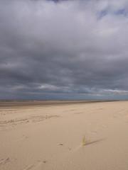 Les grandes solitudes ***--+°° (Titole) Tags: beach seaside sky clouds nicolefaton thechallengefactory friendlychallenges storybookwinner herowinner titole 15challengeswinner