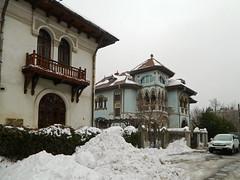 Cotroceni Neighborhood, Bucharest (Carpathianland) Tags: architecture strada romania bucuresti bulevardul arhitectura strazi cartierul
