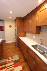 71 - San Clemente - Kitchen Remodel (Aplus Interior Design & Remodeling) Tags: california family house home kitchen stone bar tile design interiors interior photograph portfolio orangecounty remodel anaheim flooring oc stovetop sanclemente decor residential interiordesign accents homeimprovement cabinets remodeling appliances designers americanmade backsplash aplus homerenovation contractors kitchenremodel woodflooring millwork contracting backsplashtile familyowned woodcabinets residentialdesign generalcontractors customcabinets residentialremodel custommillwork apluscontracting aplusinteriordesignremodeling fullheightbacksplash aplusinteriors