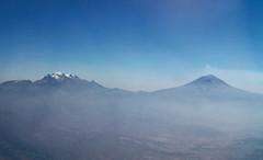 a Bahia de Banderas 09 (Visualstica) Tags: mountain mxico clouds landscape nuvole wolke aerialview paisaje aerial nubes montaa nuage mx area windowseat vistaarea valledemxico