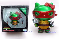 TMNT x Hello Kitty Figure (Raphael) (brilliant moon for princess) Tags: hello ninja vinyl kitty turtles figure mutant collectible tmnt teenage
