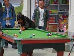 playing outdoor pool (cam17) Tags: tibet playingpool outdoorpool poolplayers openairpool yamdroklake guyantzetibet guyantze outsidebilliards yamdruklake billiardsplayers openairbilliards