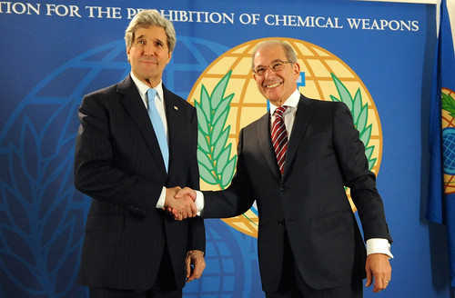 Secretary Kerry Shakes Hands With OPCW Director-General Uzumcu