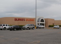Day 102 (DBM) Burkes Outlet exterior (l_dawg2000) Tags: old food vintage shopping store applebees tn tennessee arcade jewelry 80s shoppingmall photoaday foodcourt gameroom gnc jcpenney jewelers bathandbodyworks project365 dyersburg generalnutritioncenter burkesoutlet sweetpeppersdeli dyersburgmall