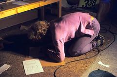 """Filmwerbe-Dia """"Das Arche Noah Prinzip"""" (01) (Rüdiger Stehn) Tags: analog 35mm deutschland europa indoor dia menschen scan 1980s 1985 makingof schleswigholstein norddeutschland mitteleuropa hausderjugend innenaufnahme jugendtreff studioaufnahme studiofotografie analogfilm kronshagen kleinbild minoltasrt100x canoscan8800f kbfilm 1980er jugendtreffaktivität hausderjugendkronshagen filmwerbedia"""