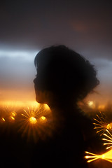 (Nowhere land♪) Tags: perfil profile sombra shadow figure figura person persona filter filtro sky cielo sunset atardecer lights luces bokeh woman mujer silhouette silueta dreamy sueño dream ensoñación