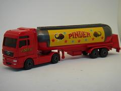 MAJORETTE MAN TGX ARTICULATED TANKER PINDERS CIRCUS 1/64 (ambassador84 OVER 7 MILLION VIEWS. :-)) Tags: majorette mantgx diecast pinder