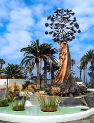 Puerto de la Cruz - wind chimes (claudia.kiel) Tags: teneriffa tenerife kanarischeinseln canaryislands spanien spain puertodelacruz windspiel windchimes