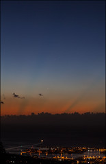 Conjunction at sunset (Teva CHENE) Tags: canon venus mercury planets tahiti jupiter conjunction 85l 5dmkii