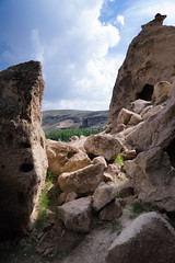 Through the clouds (Linus Wrn) Tags: leica nature turkey rocks hiking caves cave cappadocia ihlara selime yaprakhisar