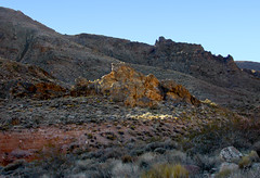 Sinking Sunlight (lefeber) Tags: california mountains backlight landscape rocks desert whitemountains roadtrip valley deathvalley shrubs rockformation tituscanyonroad