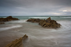 A Sharrow Mood (Arvor Photography) Tags: uk longexposure sea movement rocks cornwall waves august nopeople whitsandbay landscapephotography moodysky freathy sharrowpoint darylhutchinson arvorphotography