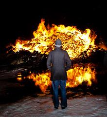 Iceland-2.jpg (Lovepro) Tags: people reflection iceland outdoor fjlskyldan arnar vestfirir flk 2011 ramt suureyri jhgphotos htirtilefni danielveigar