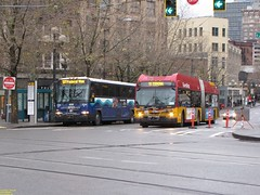 2005 MCI D4500 #9704 & 2011 New Flyer DE60LFR #6040 (busdude) Tags: 2005 county new st flyer king ride metro authority central transit sound express rapid regional puget mci soundtransit 2011 9704 6040 d4500 stexpress de60lfr centralpugetsoundregionaltransitauthority
