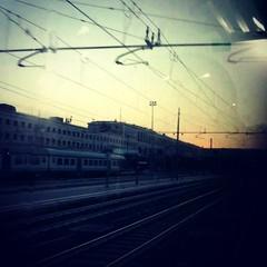 stazione termini - termini stazione <--- per solutori pi che abili u.u  #rome #station #termini #train #tramonto #sunset #dusk #travel (.taz.) Tags: trip travel sunset rome station train square tramonto dusk termini squareformat treno viaggio iphoneography instagramapp xproii uploaded:by=instagram