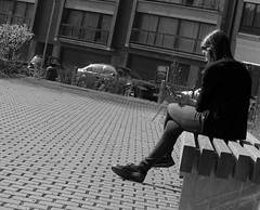 Jamais sans mon smartphone 2 - Never without my cellular 2 (p.franche malade - sick) Tags: schaerbeek schaarbeek bruxelles brussel brussels belgium belgique belgïe europe pfranche pascalfranche panasonic fz200 hdr dxo flickrelite skancheli monochrome noiretblanc blackandwhite zwart wit blanco negro schwarzweis μαύροκαιάσπρο inbiancoenero 白黒 黑白чернобелоеизображение svartochvitt أبيضوأسود mustavalkoinen שוואַרץאוןווייַס bestofbw girl jeunefille banc bench cellular smartphone people human streetshot snapshot urban instantané pavé klinkers bois wood pierre stone city ville