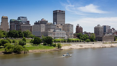 Down the River (Shannon Tompkins) Tags: skyline river mississippi day memphis clear mississippiriver