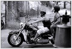 Biker and belly.... (Frank van de Loo) Tags: bike motorbike moto motorcycle motor panning motorrad mofa motocicletta motocyclette motorfiets motoca cyclomoteur motociclo vlomoteur dsc5531a