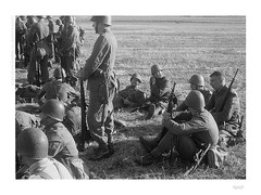 Stronsko - Belen 1939 (bolas) Tags: world infantry rollei war poland polish super ww2 100 agfa reenactment 1939 oneshot certo tessar duoscan dollina r09 rpx