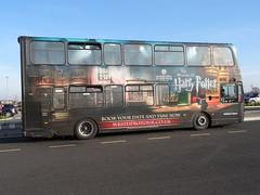 Le bus en provenance de Londres pour les studios