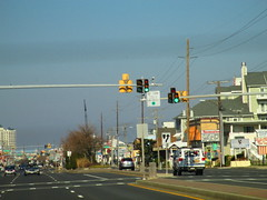 U-turn Doghouse LED Traffic Signals (3) (Signals Unlimited) Tags: light turn traffic maryland u doghouse oceancity ge uturn signal rare nai