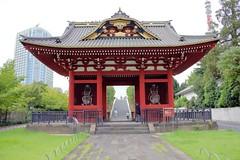 Gate of Daitokuin Mausoleum (Bakuman3188) Tags: 旧台徳院霊廟惣門 gate daitokuin mausoleum gateofdaitokuinmausoleum tokio 東京 tokyo japan nihon nippon citys stadt buildings gebäude 日本