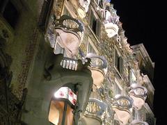 Casa Batlló, a Gaudi-designed home, Barcellona, Spain (cocoi_m) Tags: streetview casabatlló gaudi architecture home barcelona spain catalunya skullandbones balconies night atnight españa