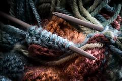 A maglia.. (Andrepax) Tags: clothtextile macromondays lana colori lavorazioneamaglia canon 6d sigma 70300 macro flash yongnuo yn685 trigger 622tx offcamera