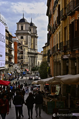 17-03-26 Madrid, Austrias (2) R01 (Nikobo3) Tags: europe europa españa spain urban arquitectura architecture travel viajes nikon nikond610 d610 nikon8518g nikobo joségarcíacobo flickrtravelaward ngc social people gentes