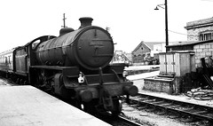 Railways - LNER B1 class arriving at Swindon on a Leicester to Swindon service (Biffo1944) Tags: swindon railway b1 460 lner leicester swindon