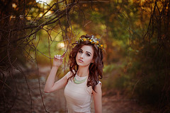 Courteney (Jessica Lutz Photography) Tags: flowers portrait girl beauty fashion female model eyes modeling foliage courteney anitanorrismodels anitanorris courteneymain