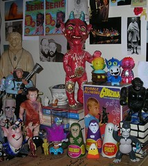 14 (Friend_of_Ziras) Tags: party monster rose paper candy vampire flash 7 reis super games lakeside godzilla frankenstein gordon planetoftheapes gandhi obrien linares devil troll monsters mad felipe mache scorn marrit