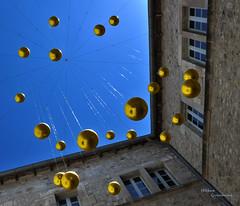 Pluie de lunes......... (Hélène Quintaine) Tags: lune ciel batiment sphère danaé vladimirskoda muséedelodève hoteldefleury