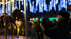 Recuerdo Navideo (Cesh1996) Tags: navidad luces nieto anciano tiovivo fotografiando plazamayormadrid