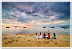 Morning Prayers On The Beach (Vin PSK) Tags: bali seascape beach sunrise indonesia sanur morningprayers