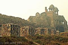 Humayun Darwaza of Purana Qila. (Smit Sandhir) Tags: gate delhi humayun mughal historicalmonuments puranaqila darwaza shershahsuri indraprastha flickrandroidapp:filter=none kaurabpandavkakila