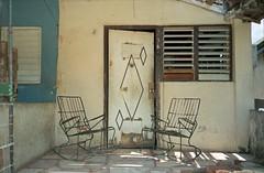 Cuba 1998 (Rafael de Luis) Tags: fujisuperia epsonv700 olympusmyu1