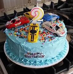 Car cake by Cathy, Santa Cruz, CA, www.birthdaycakes4free.com